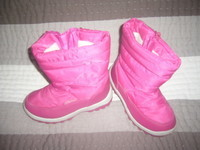 5 euros la paire de boots bien fourrés LE CHAMOIS taille 28
