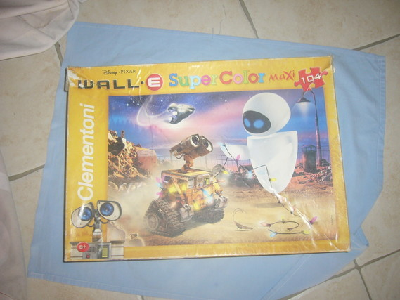 3e le puzzle WALL-E - 104 PIECES