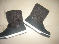 taille 33 NEUF marque MC KINLEY