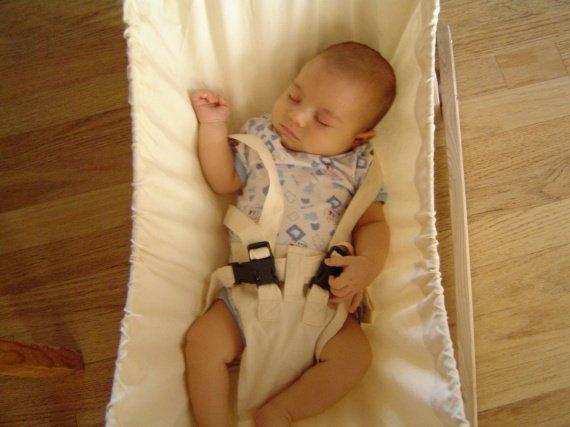 lucas dans son hamac (14 juillet 2007)