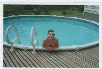 moi a la piscine