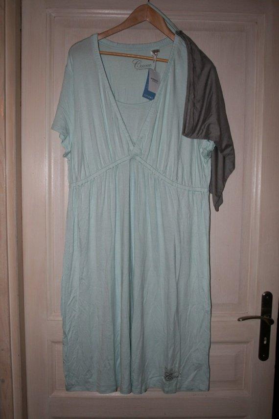 chemise de nuit d'allaitement neuve avec étiquette 50/52; 10 euros