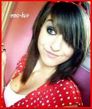 Je cherche des photos de coupe style emo mais pour cheveux mi longs coiffure et coloration - Je cherche un coupe faim efficace ...