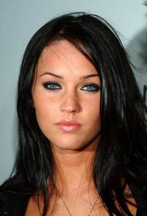Brune Aux Yeux Bleus appel à toute les brunes cheveux noirs yeux bleus !!!! - coiffure et