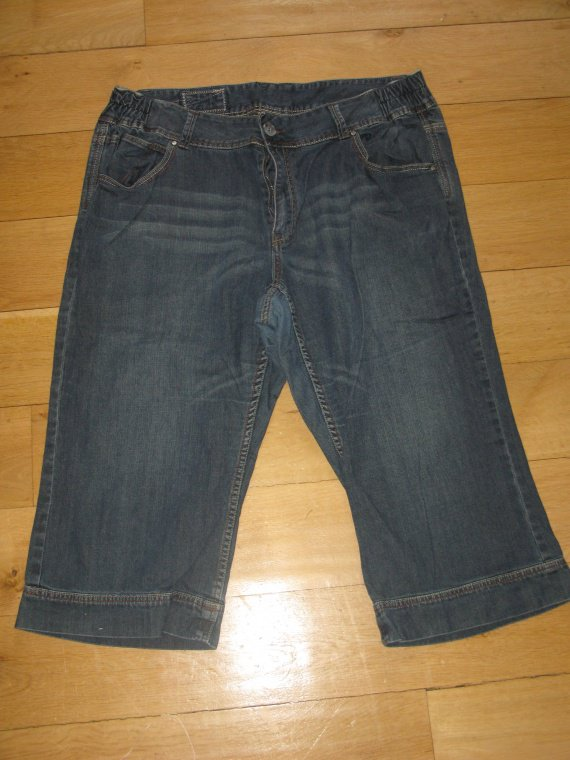 Jeans pantacourt 54