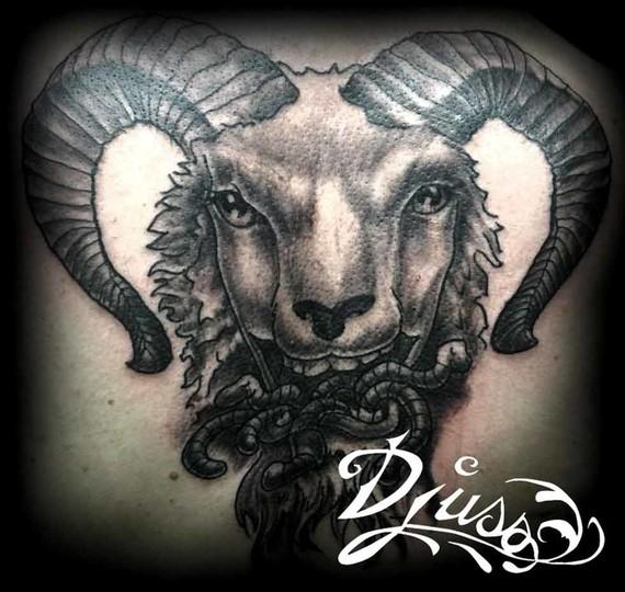 photo,image,tatouage,harley,quinn,pin,up,couleur,baton