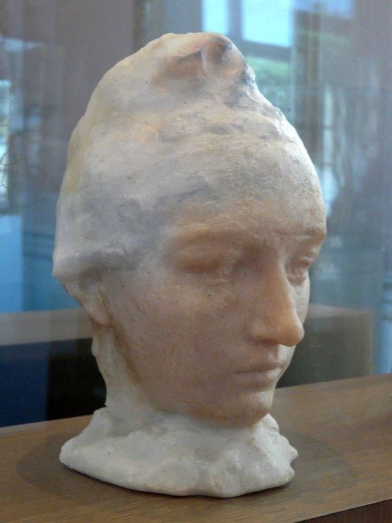 Camille Claudel Camille-claudel-camille-claudel-1911-img