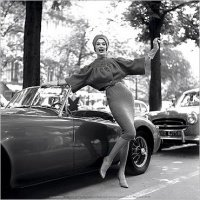 img_M-G--Girl--Paris--1957_Georges-DAMBIER_ref~110.002000.00_mode~zoom