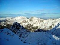 montagnes-enneigees-meilleur-paysage-montagne_305290