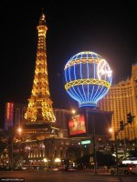 le-paris-las-vegas-by-night