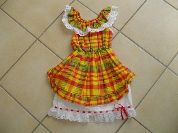 Superbe robe crochet pour les filles 7