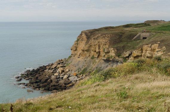 On voit les côtes anglaises à l'horizon