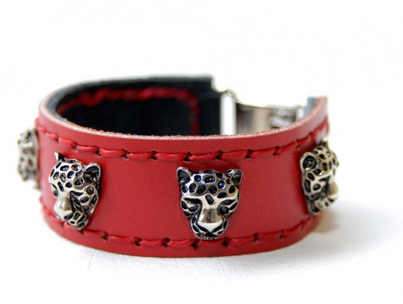 Red-leopard2