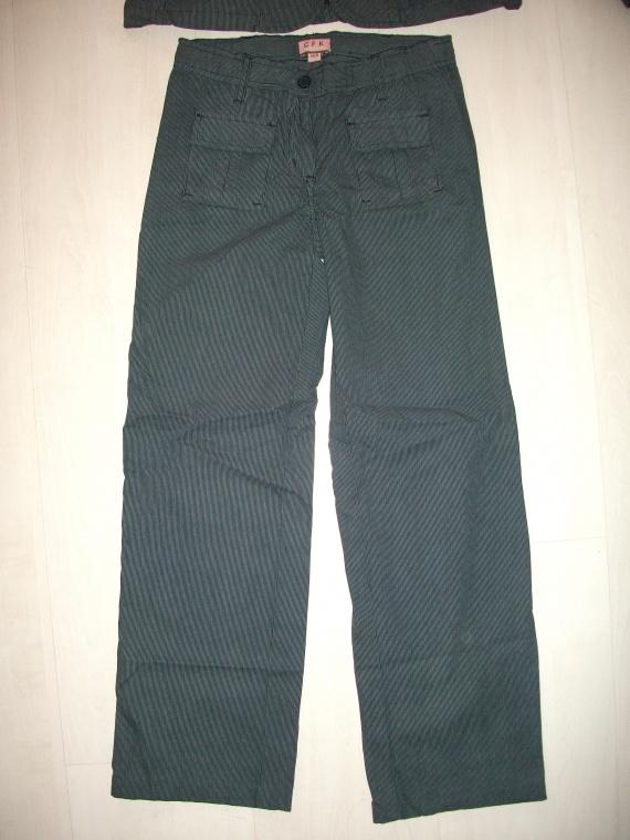 Pantalon CFK NEUF 10 ans
