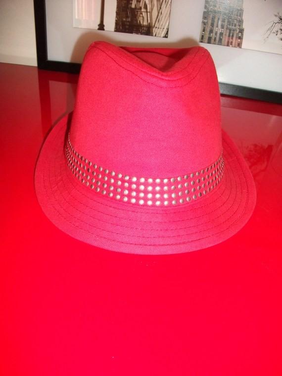 Sac * Ceinture * Produit Cheveux * Echantillons * BEAUTE BIO * PROMOS Accessoires-beaute-ceinture-chapeau-rouge-img