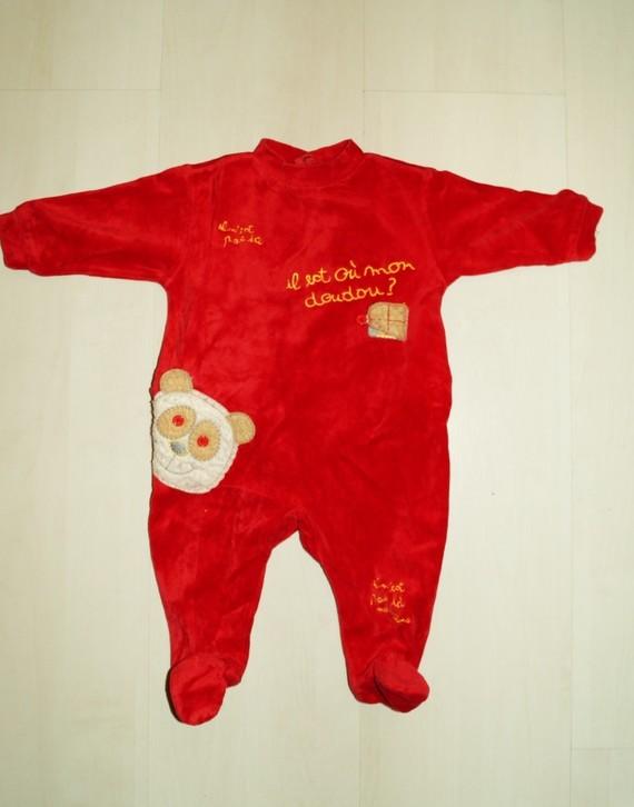 Pyjama 3 mois - 4€  (1)
