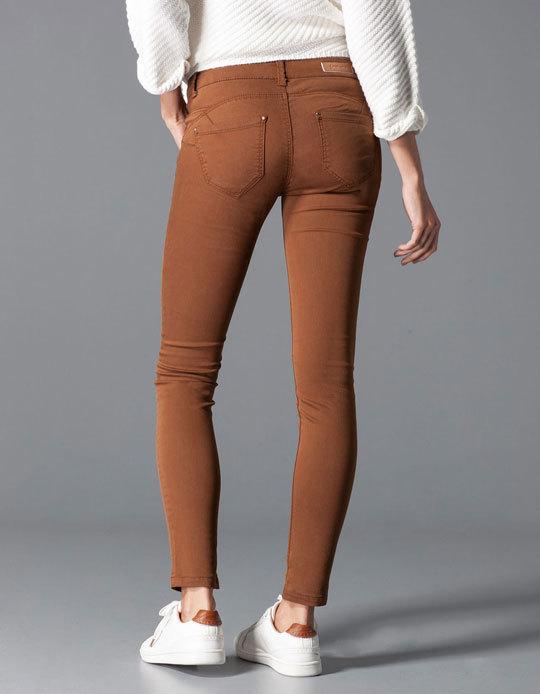 Pantalon NEUF STRADIVARIUS effet push up couleur camel T40 15 ... 10ca1c5664c0