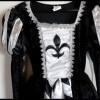 11-14A Robe Médiévale noire et blanche