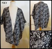 10A Tunique kimono NKY 3 € noir et blanc
