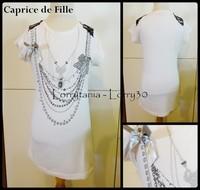 12A T shirt CAPRICE de FILLE 2 € MC bkanc colliers