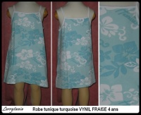 4A Robe turquoise VYNIL FRAISE 3,50 €