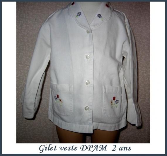 2A_gilet veste blanche DPAM 2 €