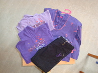 theme rock spirit 5 ans PANTALON + blouse + 2 t shirt ml col roulé   25 € hfdp