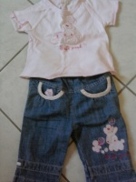 ensemble jeans t-shirt 4€