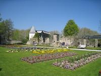 jardin aautour de l'église