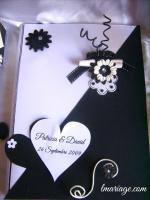 livre d'or noir et blanc