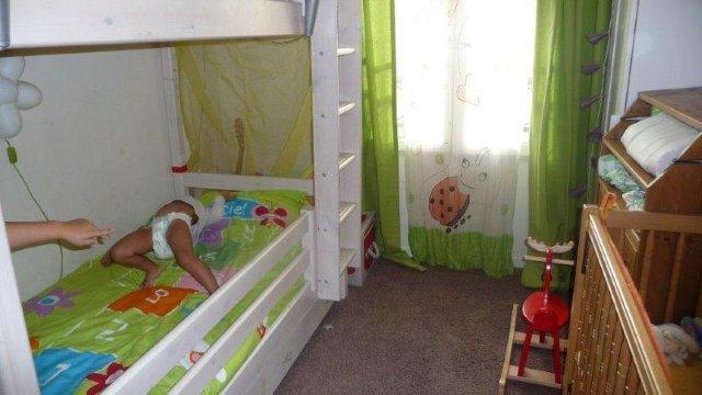3 enfants dans la meme chambre, aide pour déco et organisatio