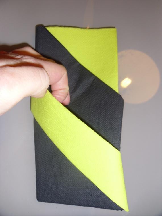 pliage de serviette en papier avec deux couleurs u obasinc - Pliage De Serviette En Papier Avec Deux Couleurs