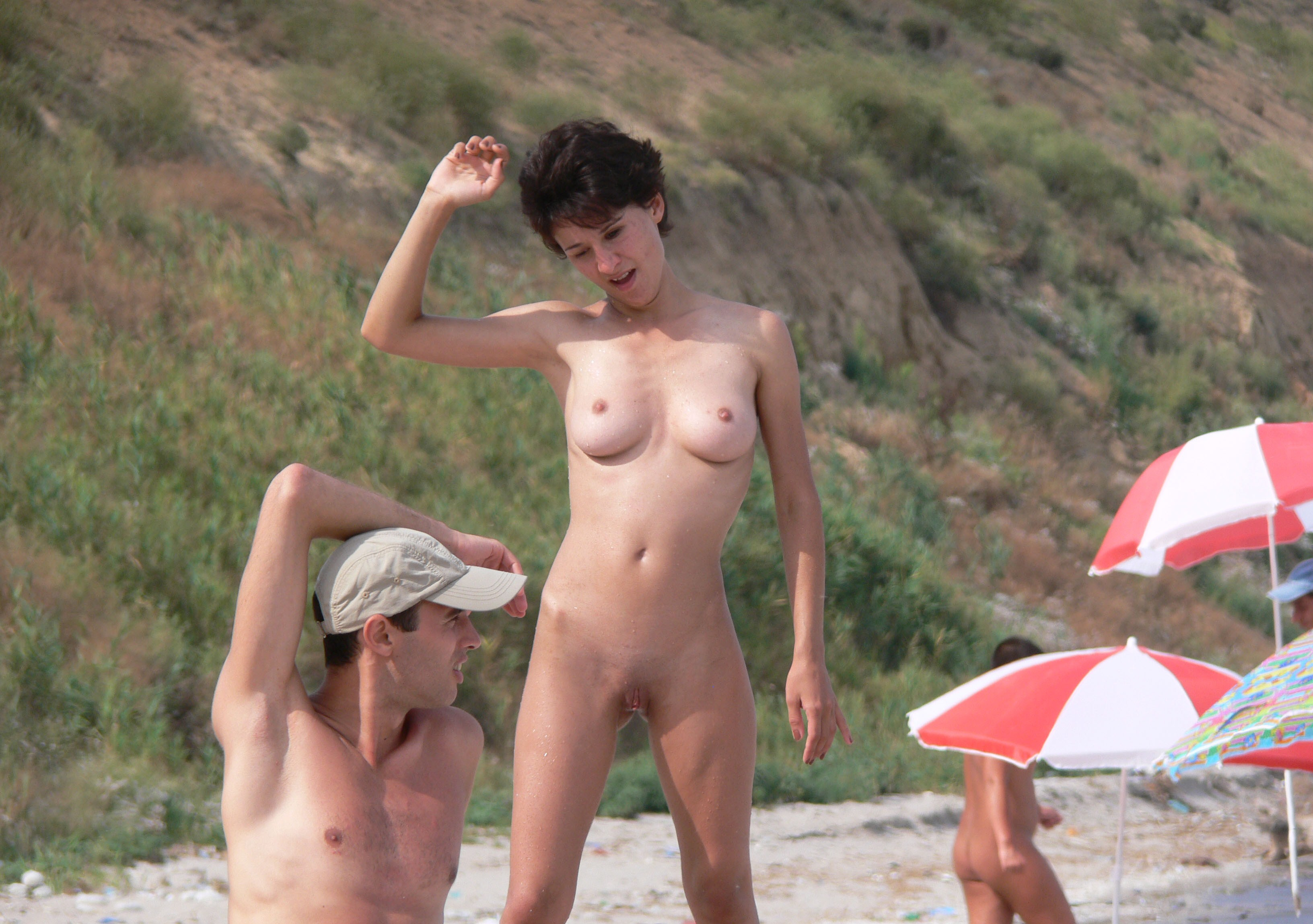 Spy incredible couple brunette nude topless beach part4 7