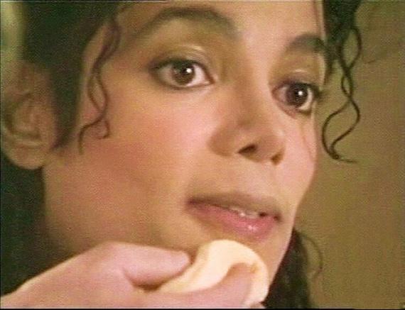 Michael-Jackson-michael-jackson-14141864-665-510