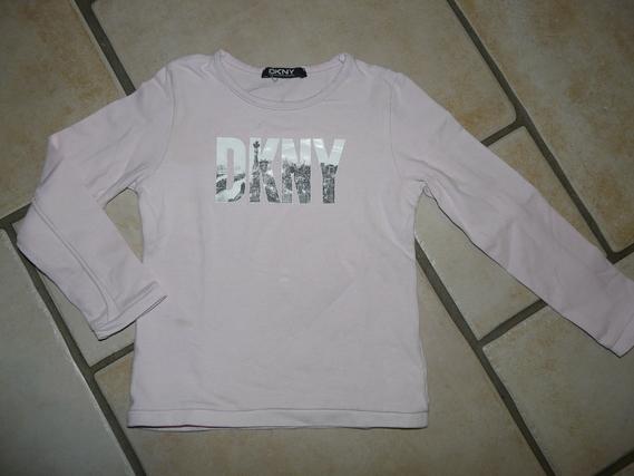 Tshirt DKNY 5€