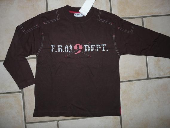 NEUF Tshirt 4€