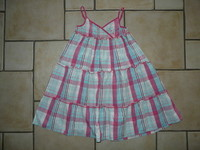 robe sergent major 9€ 7 ans