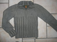 pull Timberland 4,50€ (accroc)