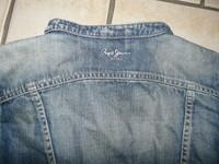 détail veste en jean's