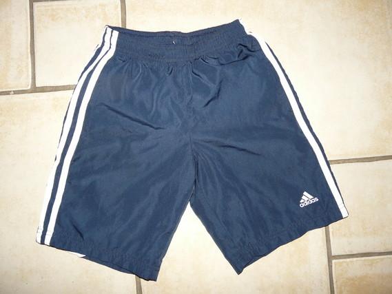 bermuda Adidas 6,50€