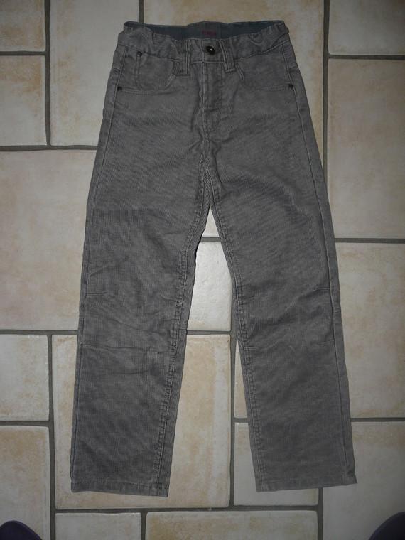 Pantalon 9ans Okaidi 7€
