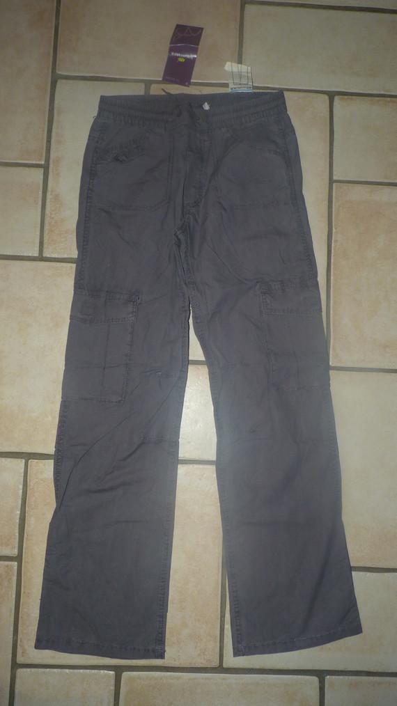 Neuf pantalon Sergent Major 8,50€