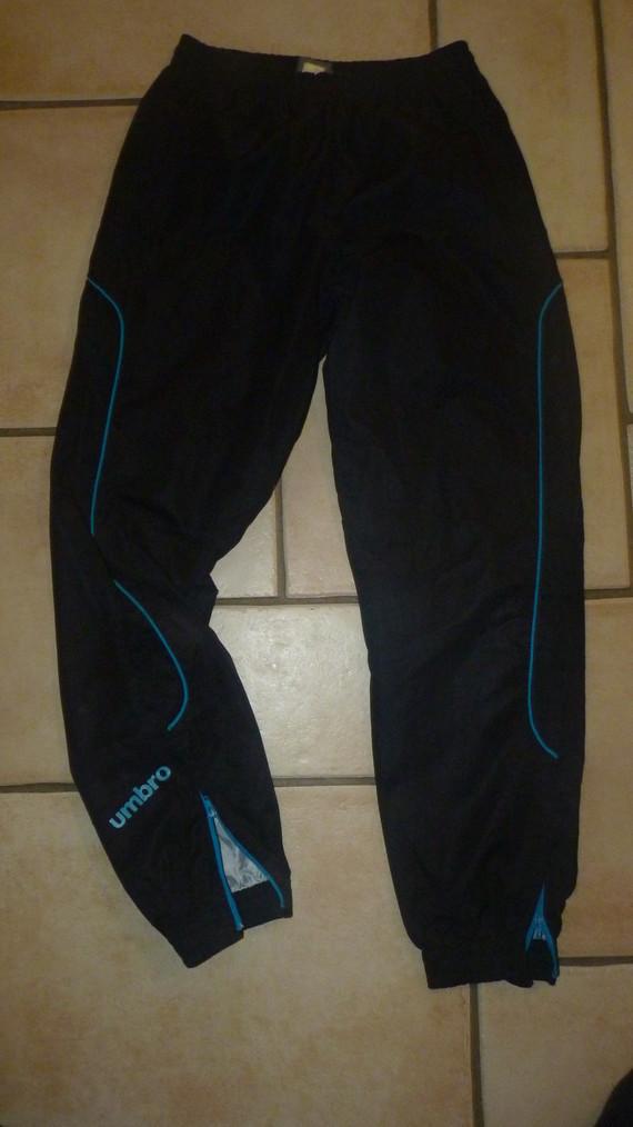 Pantalon Umbro 6,50€