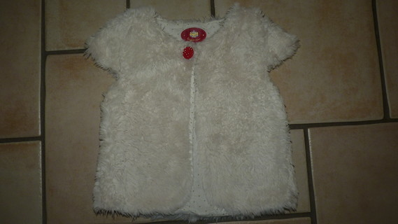 gilet fourrure Sergent Major 7,50€