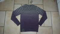 Neuf étiquetté pull Jean Bourget 11,50€