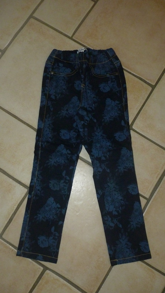 pantalon Ucollection 6€