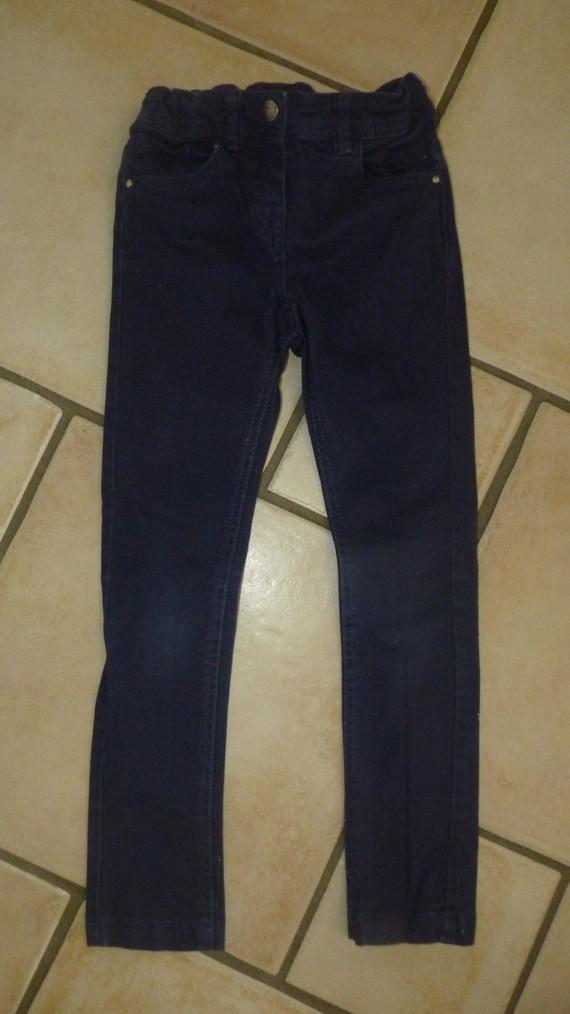 pantalon bleu marine Kiabi 4,50€