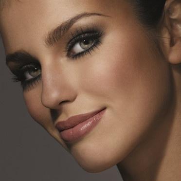 Quel maquillage le jour j mariage forum vie pratique - Maquillage mariage yeux marron ...