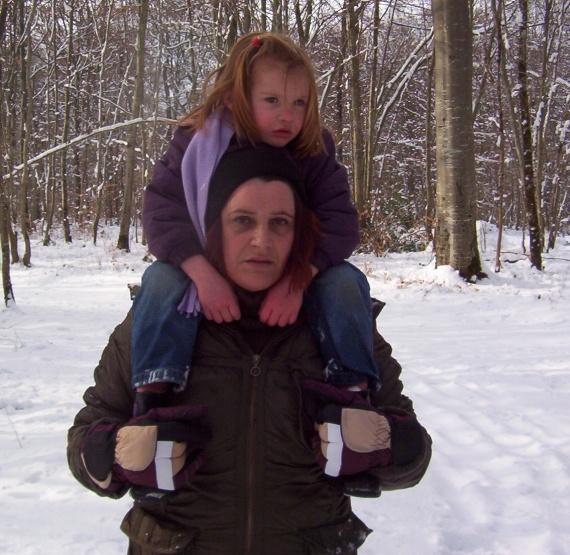 Sur les épaules de tata Suzanne