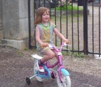 Bon Anaïs,l'est temps de t'acheter un vélo à ta taille mdr !